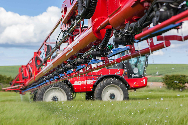 Applicators are key to successful use of liquid fertilisers